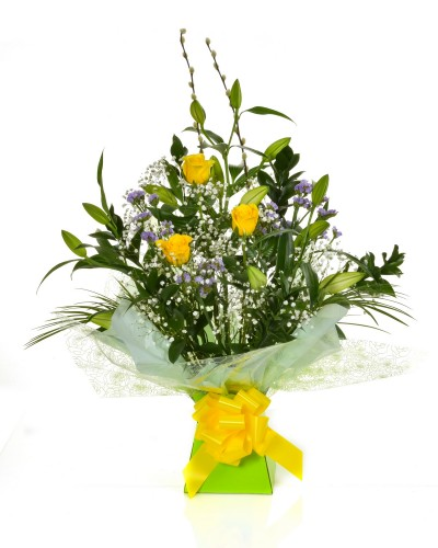 Stunning Lily & Rose Arrangement (Yellow)