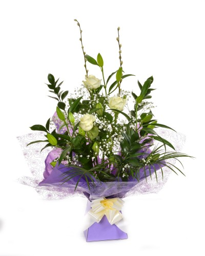 Stunning Lily & Rose arrangement (White)